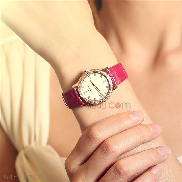 江诗丹顿 Vacheron Constantin TRADITIONNELLE系列 25558/000R-9406 石英 女款