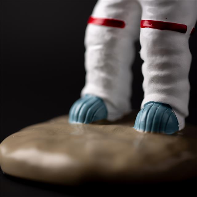 宇航员表台 航天员手表座装饰摆件太空人表托支架