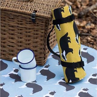 INS风 户外野餐垫防潮垫儿童印花出游便携式聚餐垫(黄色臭鼬)