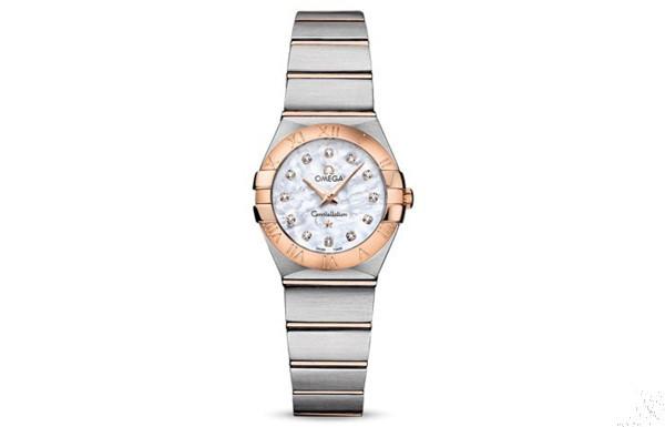 絢麗迷人 浪琴三款女士珍珠貝母表盤腕表推薦